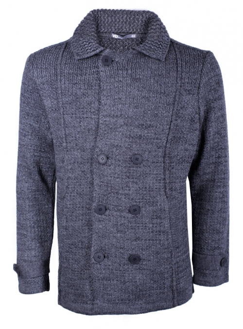 The jacket coat is man's knitted gray