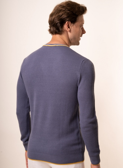 Men's dark grey jumper