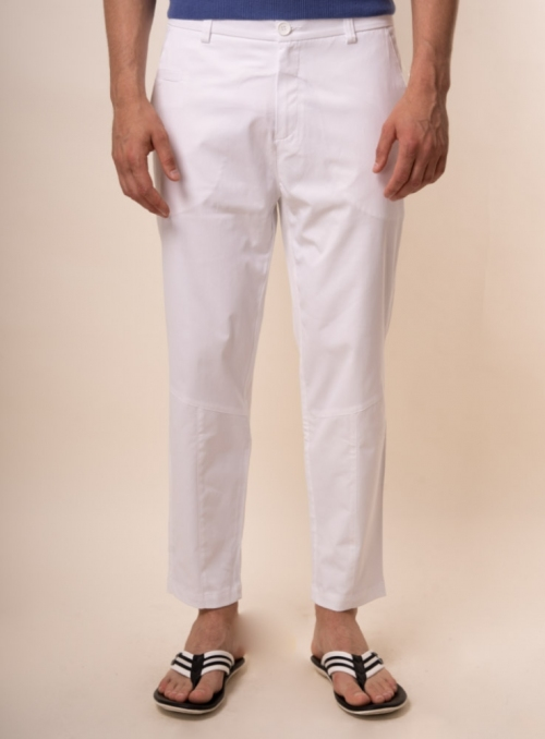 Trousers are man's white monophonic cotton
