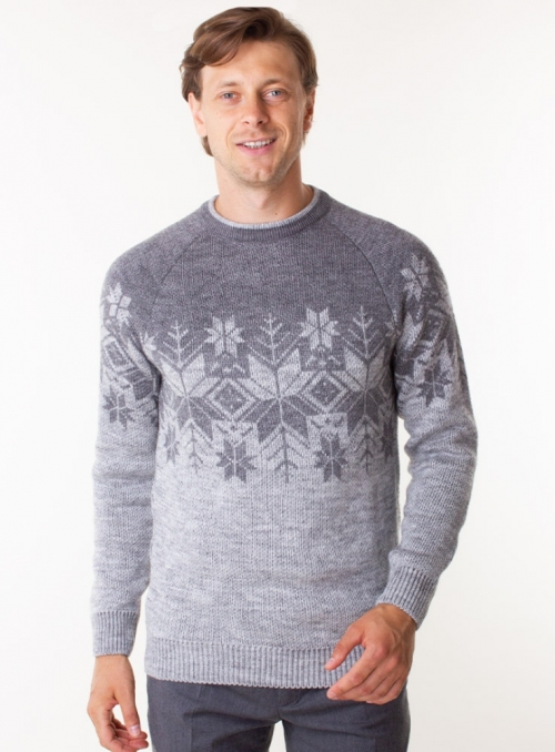Men's woolen sweater with snowflakes