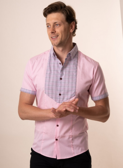 Pink accented shirt