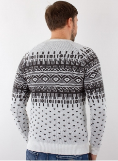 Men's sweater in volumous knit